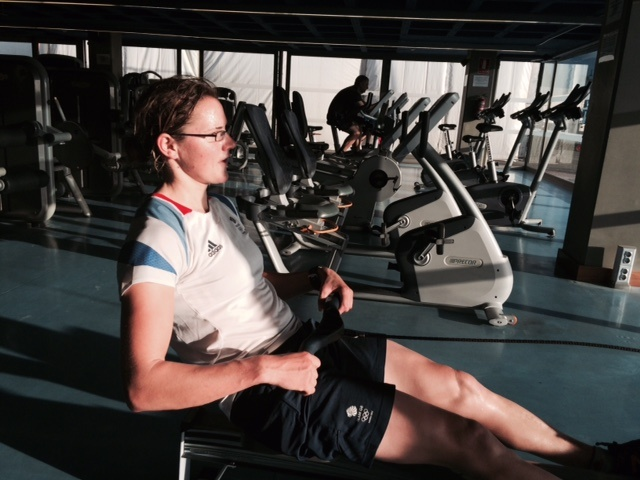 Alison Young, british sailor, working at the gym.